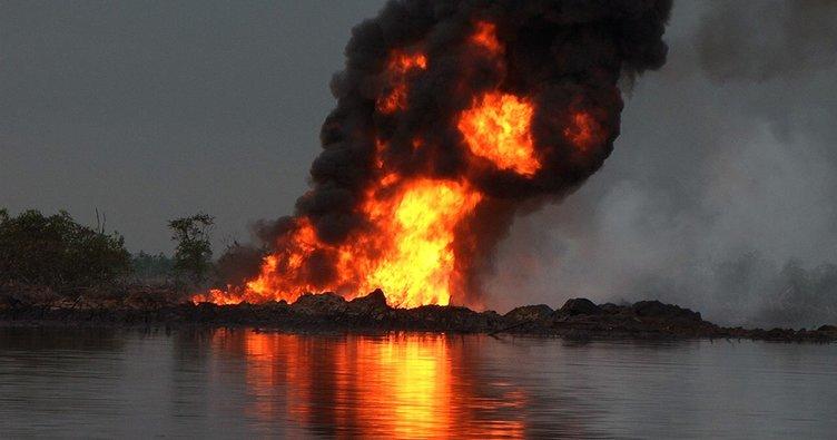 Nijerya'da petrol boru hattında iki patlama: 19 ölü