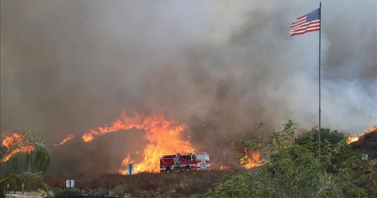 California'daki orman yangını ile ilgili görsel sonucu