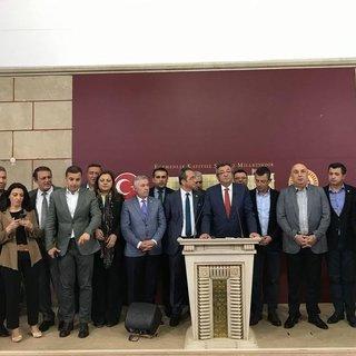 Asırlık parti CHP'den utanç fotoğrafı!