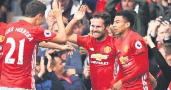 Jose Mourinho'nun şeytanları geri döndü
