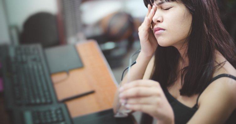 Göz kaşıntısı neden olur, evde doğal tedavi ile nasıl geçer? Göz kaşıntısı ve sulanması neye işarettir?