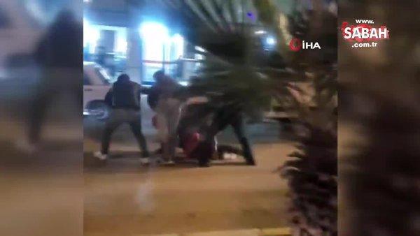 Kazada yaralanmayan motosiklet sürücü yediği dayakla hastanelik oldu | Video