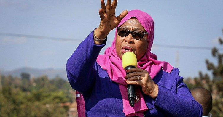 Tanzanya'nın ilk kadın Devlet Başkanı yemin ederek görevine başladı
