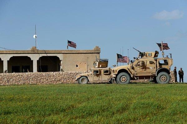 Menbic'ten şok fotoğraflar! ABD askerleri...