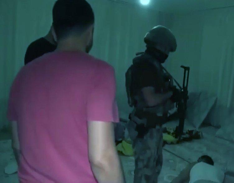 Kendilerini polis, savcı olarak tanıtan dolandırıcı çetesine operasyon