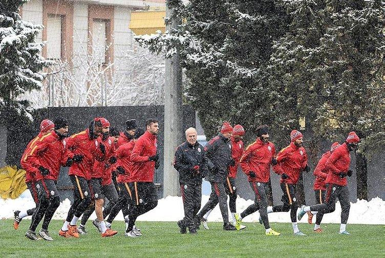 Galatasaray idmanında büyük sürpriz!