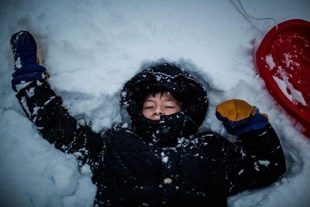 Hayatlarında ilk kez kar görüyorlar