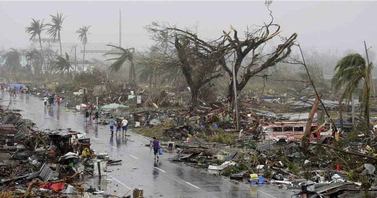 Filipinler'deki Mangkhut tayfunu