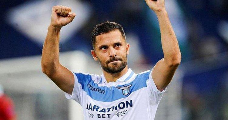 Lazio'nun şartı zorunlu satın alma
