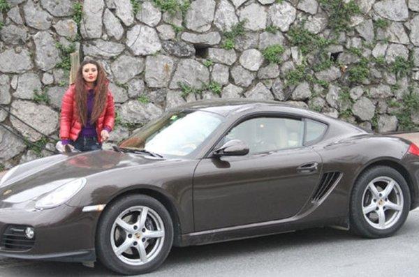 Ebru Polat: Su ile benzin arasındaki farkı biliyorum