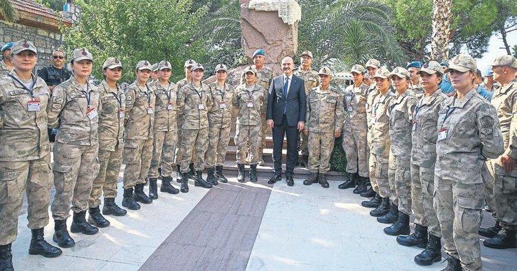 Bakan Soylu, subayların yemin törenine katıldı
