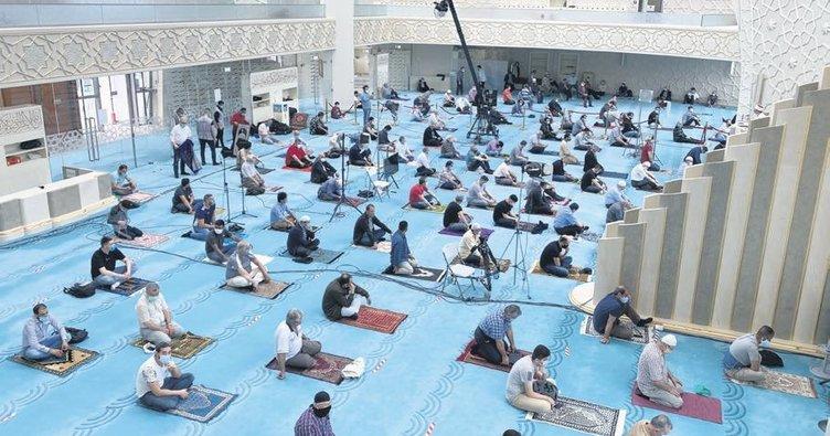 Ramazanın ilk ve son cuması