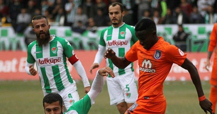 Medipol Başakşehir, Dieng'i Wacker Innsbruck'a kiraladı