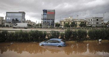 Yunanistan'da büyük sel felaketi! Bilanço ağırlaşıyor...