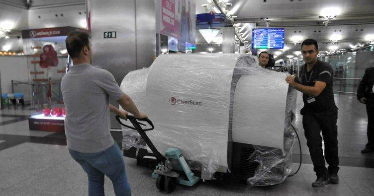 Dev tomografi cihazları Atatürk Havalimanı'na getirildi