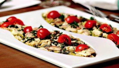 Alabalık Füme Salatası