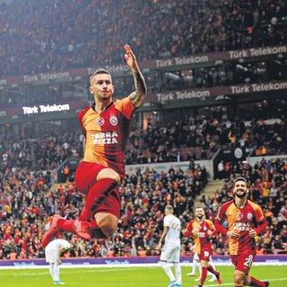 Galatasaray zirveye koşuyor