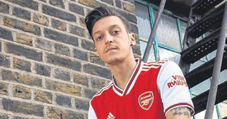 Arsenal'da forma skandalı