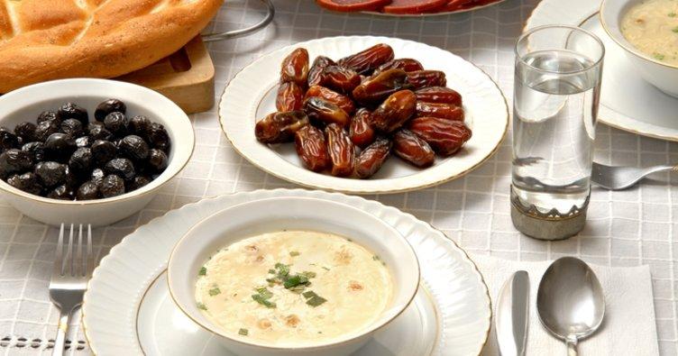 Diyetisyenden ramazan formülü: Beslen, dinlen, beslen