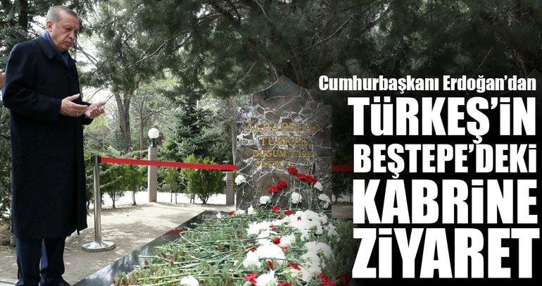 Cumhurbaşkanı Erdoğan'dan Türkeş'in kabrine ziyaret