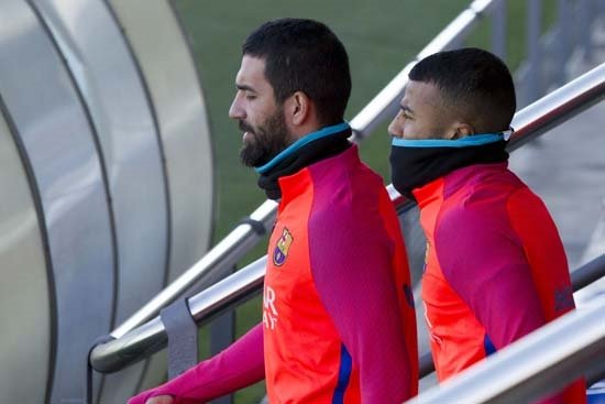 Arda'ya bir şok da Barcelona'dan!
