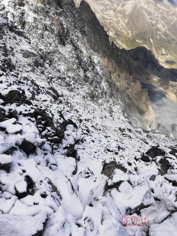 Kaçkarlara ilk kar düştü