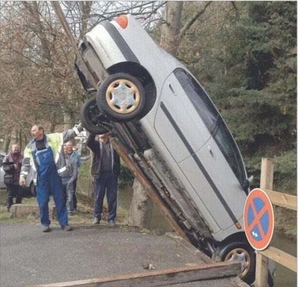 Birbirinden ilginç park kazaları